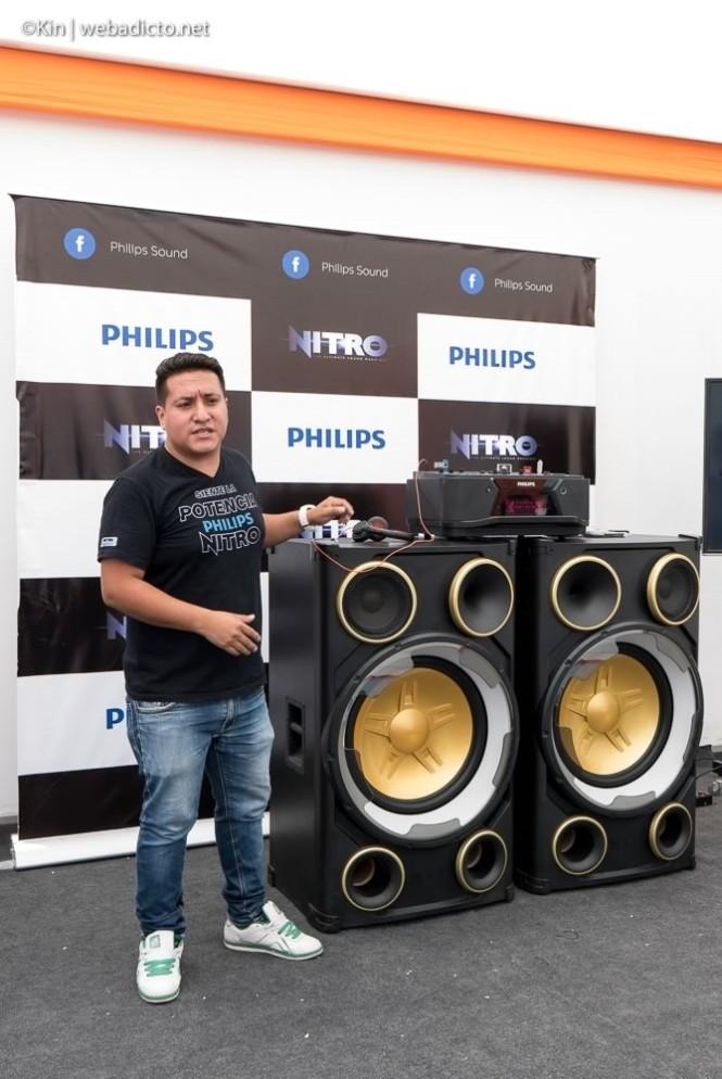 0b2aa95c7be El equipo de sonido más poderoso de la línea Nitro de Philips es el Nitro  NX9 (NTRX900). Este impresionante y masivo equipo de sonido fue presentado  en el ...