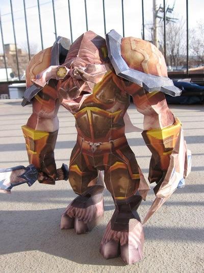 wow-papercraft-tauren-warrior
